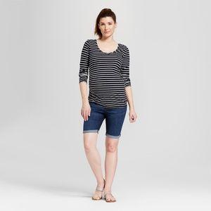 Maternity Plus Crossover Bermuda Jean Shorts 61-35